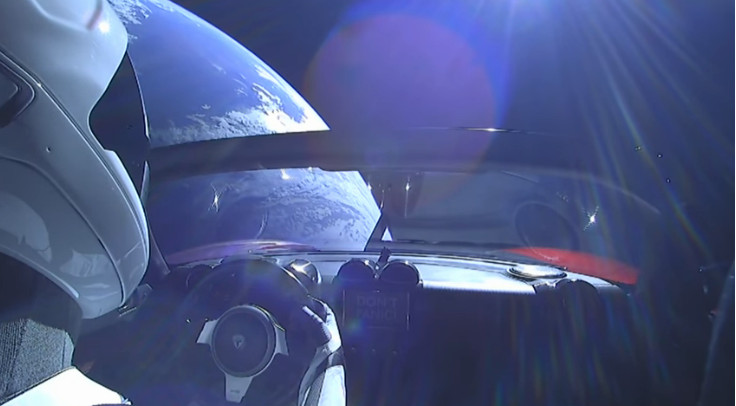 SpaceMan Tesla Roadster cruising through Space – Elon Musk delivers Tesla Electric Car to Space via Falcon Heavy Rocket Live stream Webcam