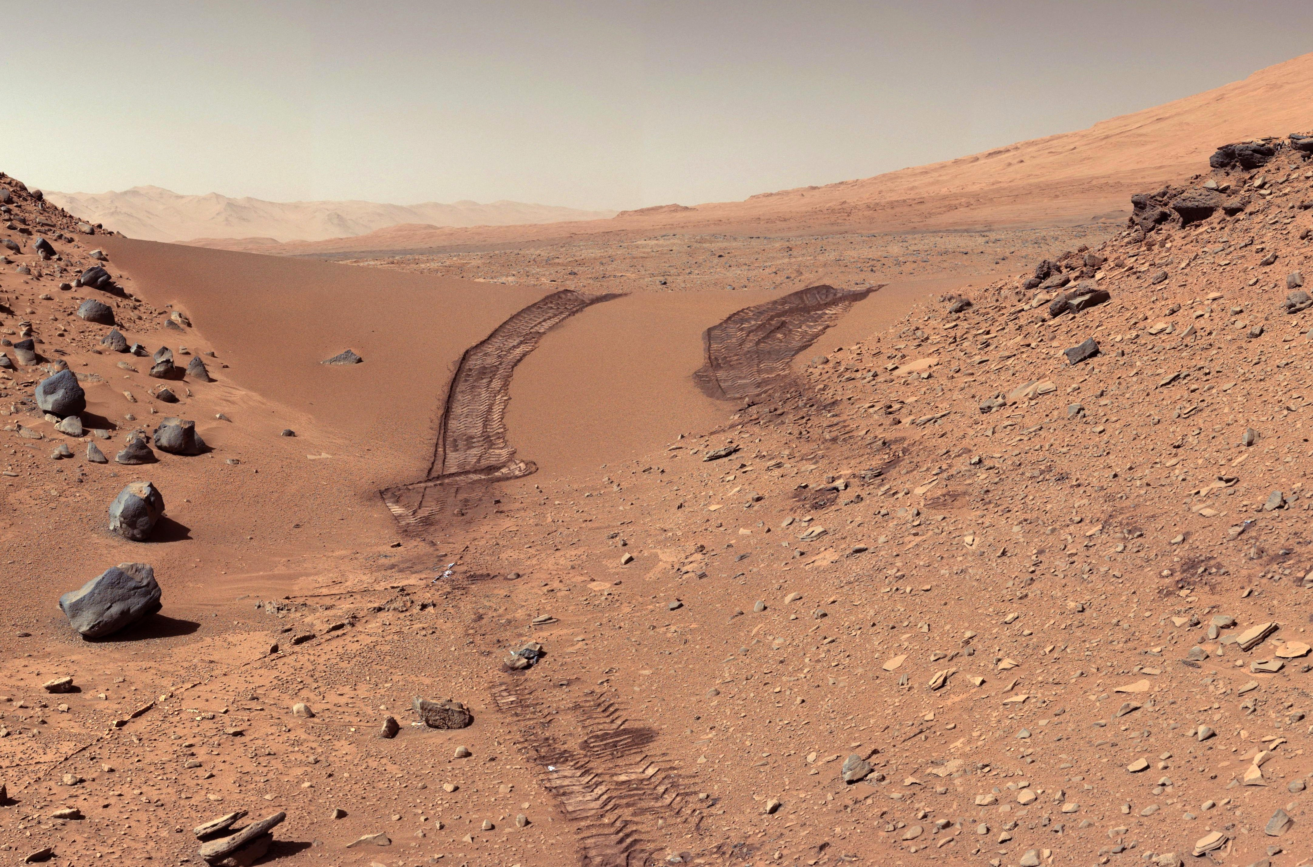 Atmosphere and Geology of Mars – Terra forming Mars – can Mars sustain life?