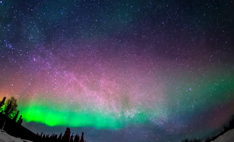 National Geographic Northern Lights – Aurora – the Earth's Magnetic Field that protects our Atmosphere (Mars lost it)